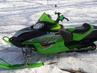 Arctic Cat Snowmobiles 500. Picture of 2004 Arctic Cat